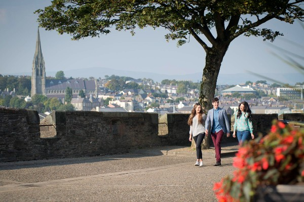 Cycle the Walled City